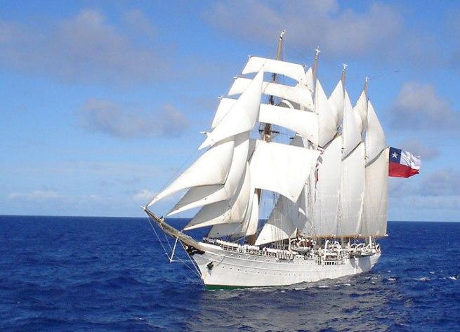 buque-escuela-esmeralda_2