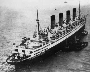 Aquitania_Southampton_1935