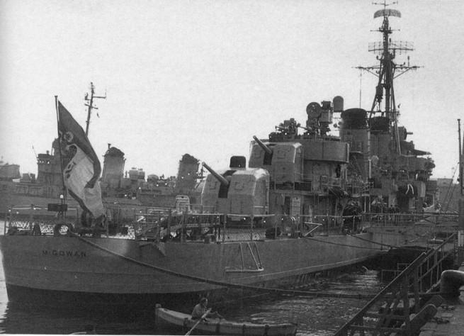 USS_McGowan_BCN