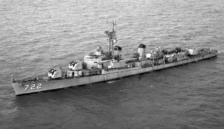 USS_Barton_DD-722