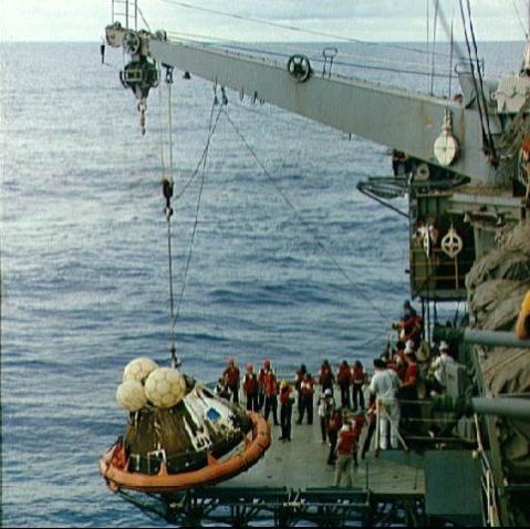 USS Iwo Jima LPH2 04 - NASA