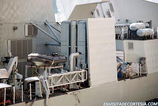 HMCS Ville de Quebec 4