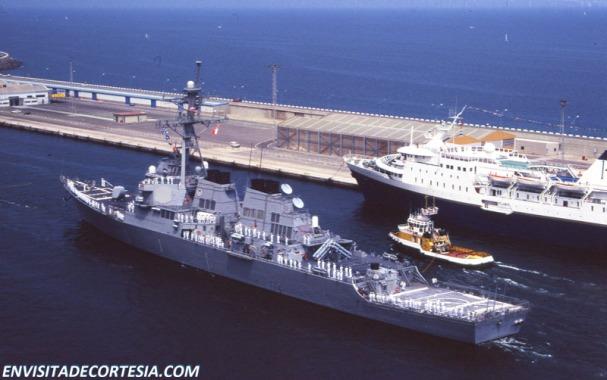 USS Mitscher DDG-57 06_800