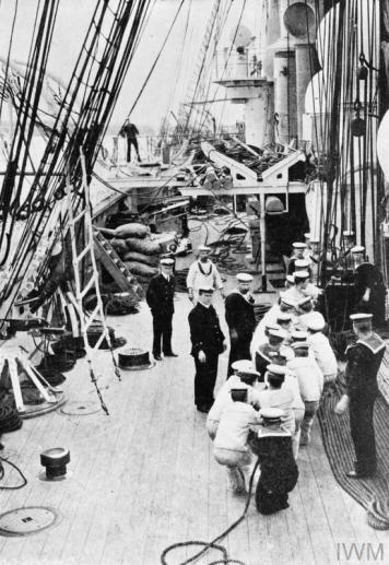 HMS Calliope 05 - IWM