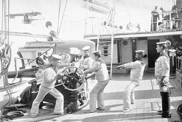 HMS Calliope 06