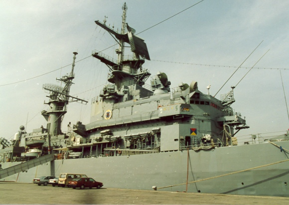 USS Biddlle 04