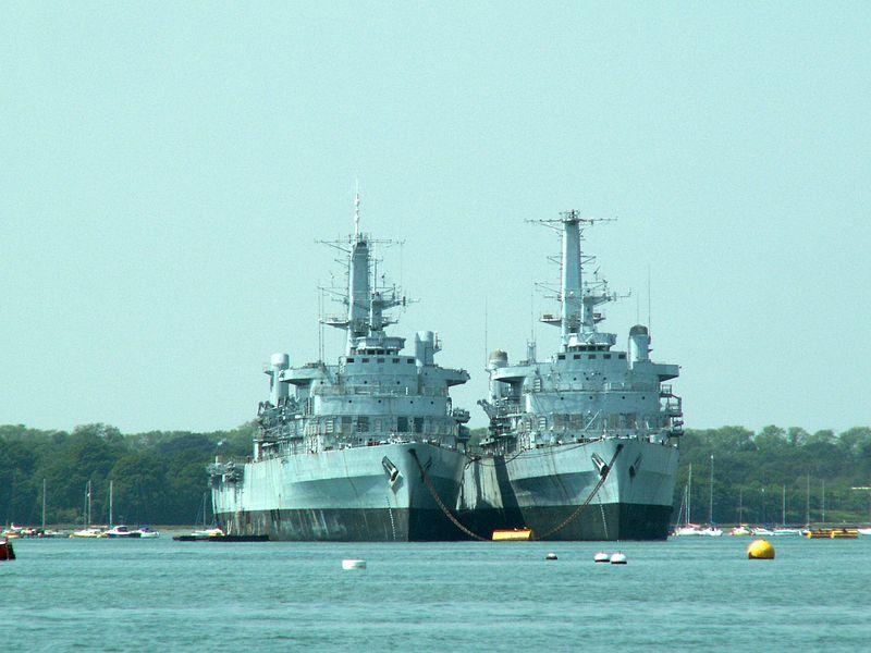 HMS Fearless 13