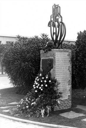 Monumento Guam_Trenton