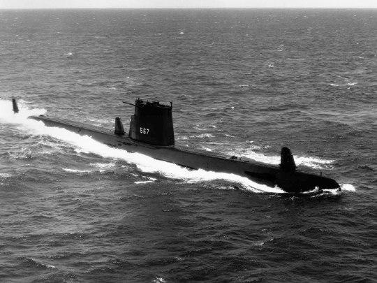 USS Gudgeon SS-567 01 - USN