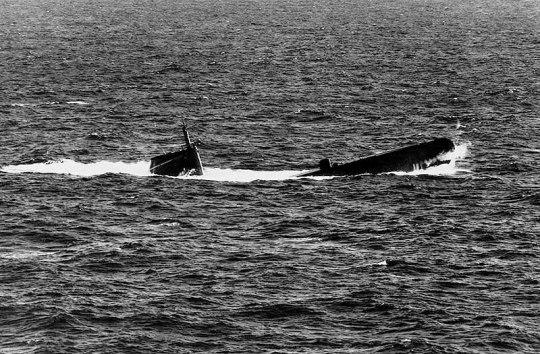 USS Gudgeon SS-567 03 - USN