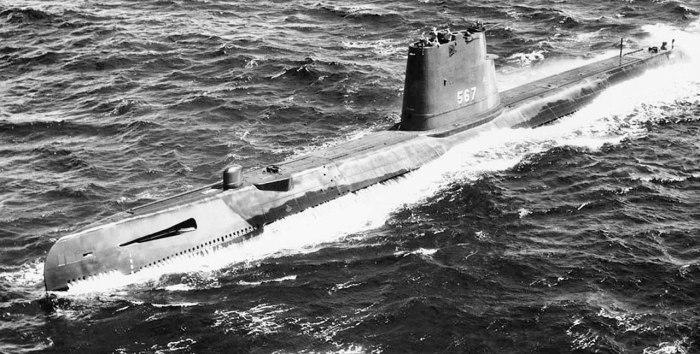 USS Gudgeon SS-567 04 - USN