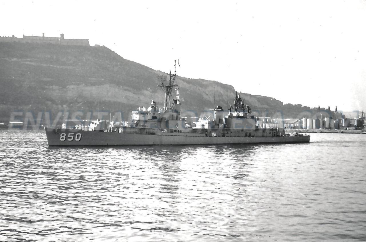 USS Joseph P. Kennedy DD-850 02 - JMF