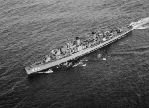 USS Joseph P. Kennedy DD-850 04