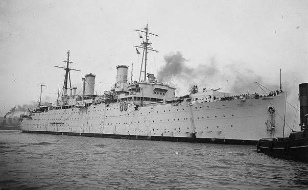 HMS Montclare F85 01 - IWM