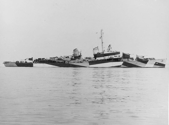 USS Harry F. Bauer DM26 02 - 1944 - NHC