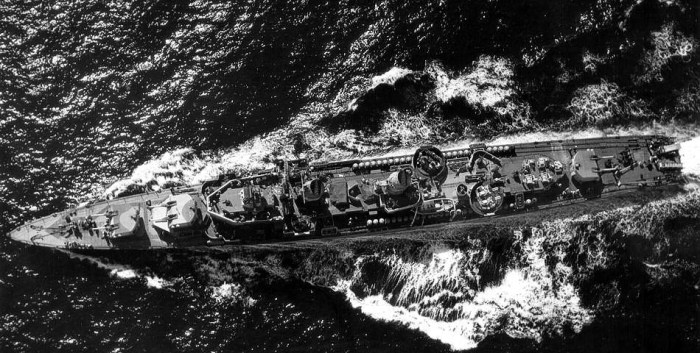 USS Robert H. Smith DM23 - 1944 - USN