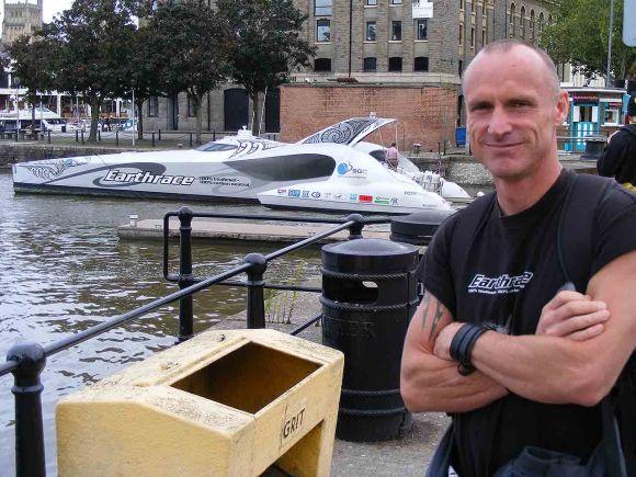 Peter Bethune & Earthrace - EC