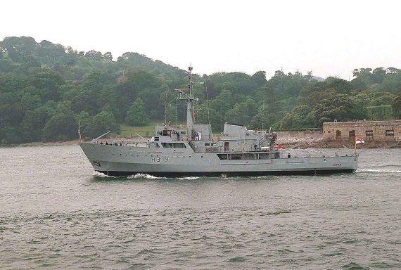 HMS BEAGLE. H319