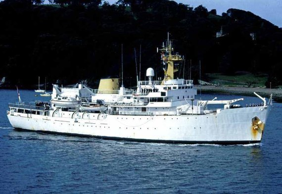 HMS Hecla A133 - BF