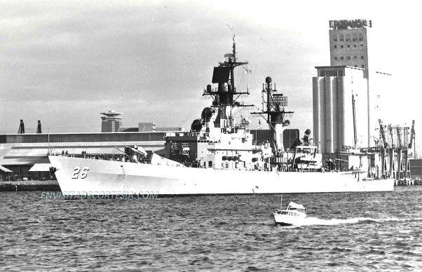 USS Belknap CG26 01 - JMF