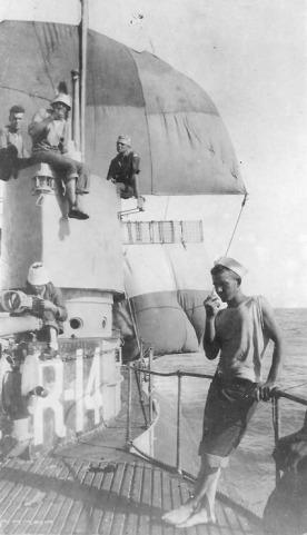 USS R-14 - WK