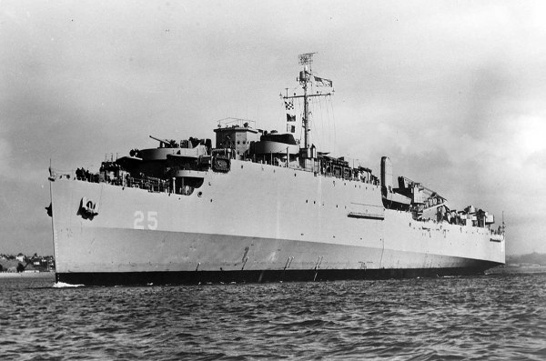 USS San Marcos LSD25 01 - NHHC
