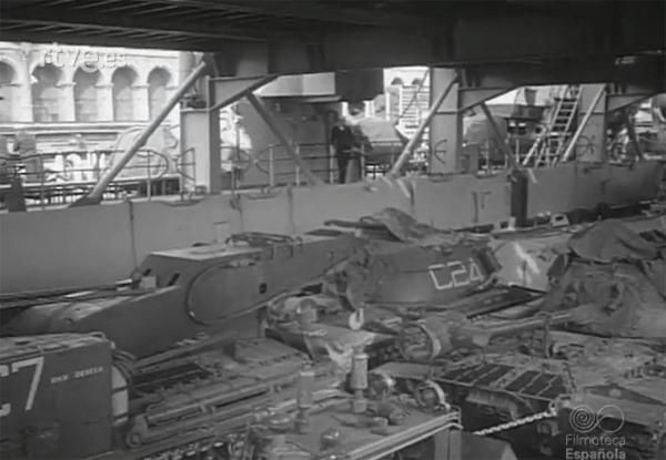 USS San Marcos LSD25 03 - FE
